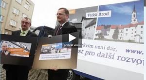 Církevní restituce ano, ale jejich stávající podoba ohrožuje ČR